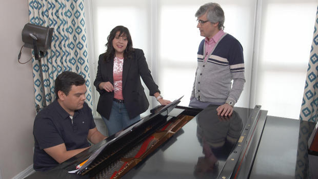 bobby-and-kristen-lopez-at-the-piano-with-mo-rocca-620.jpg