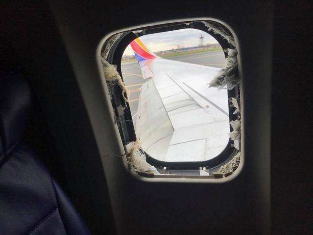 180418-玛蒂-Martinez的西南-航空公司窗口吹-out.jpg