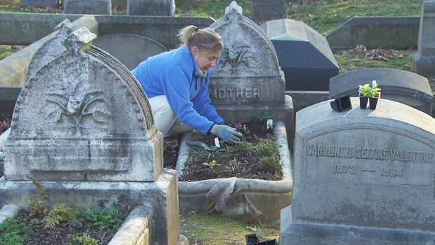 墓园丁,在最林地费城-B-620.jpg