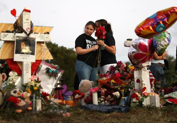 佛罗里达州帕克兰镇在哀悼,射击在Marjory Stoneman道格拉斯高中杀害17