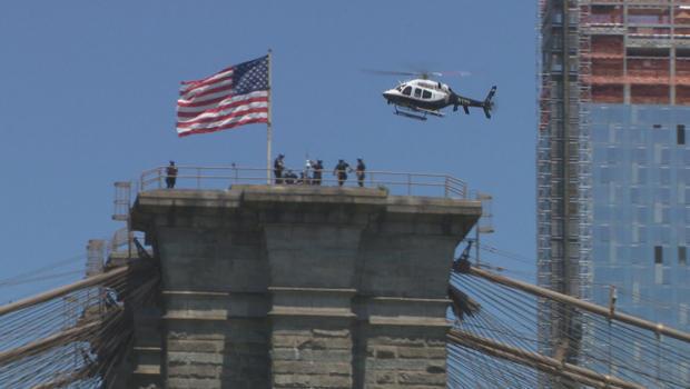 NYPD-ESU缩放布鲁克林桥-B-620.jpg