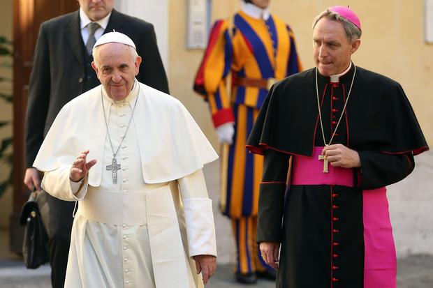 教皇弗朗西斯会见古巴总统劳尔卡斯特罗