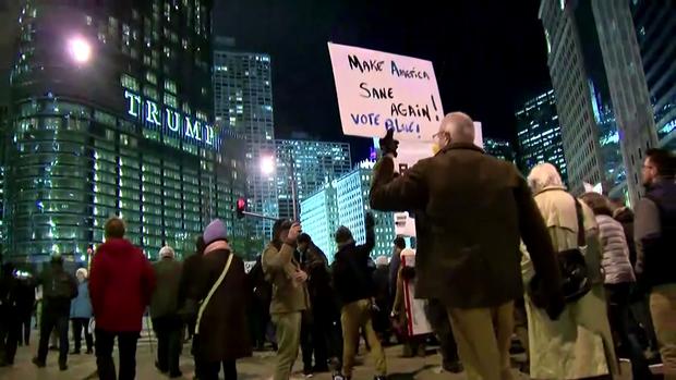 181108-抗议 - 芝加哥01.png