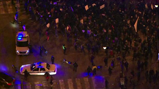 181108-抗议 - 芝加哥02.png