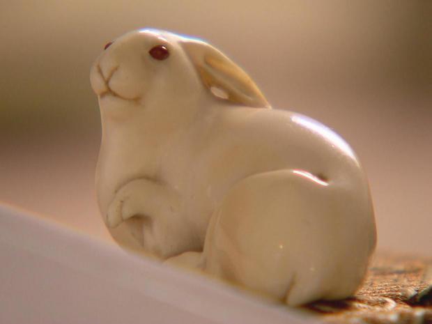 埃德蒙 - 德 - 瓦尔 - 悬锤 - 野兔与琥珀色眼,promo.jpg