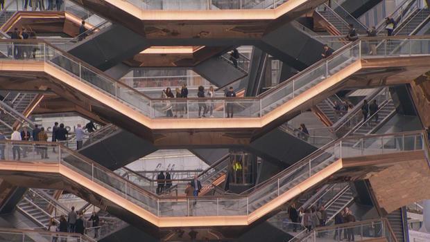 船只哈德逊 - 码 - 楼梯-620.jpg