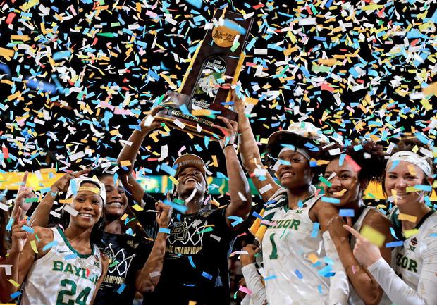 贝勒 -  NCAA女子四强 - 全国冠军