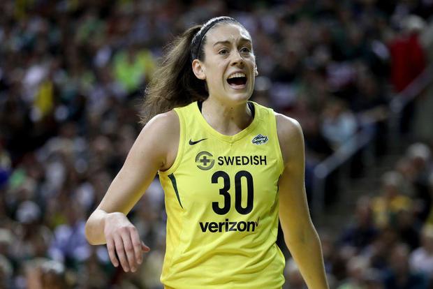 WNBA总决赛 - 第一场比赛