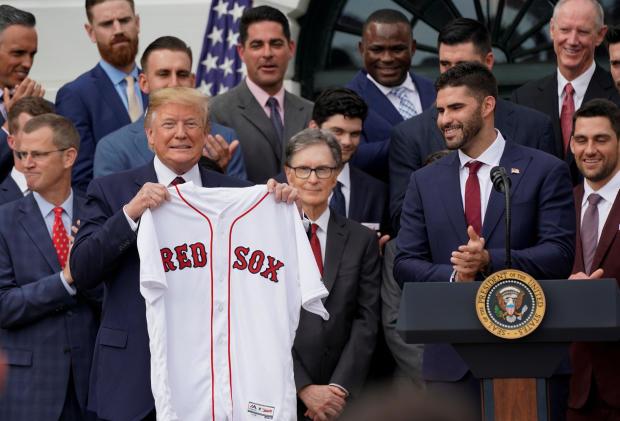 美国总统特朗普在华盛顿的白宫欢迎波士顿红袜队