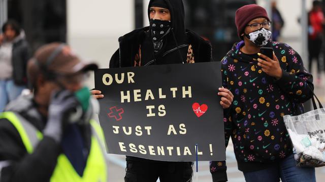 Amazon Workers At Staten Island Warehouse Strike Over Coronavirus Protection