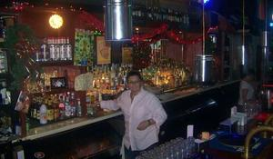 """Bar owner: Feds have """"failed small businesses across America"""""""