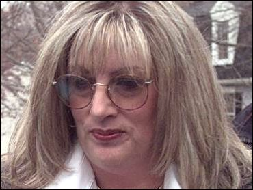 Linda Tripp Gets The Old Heave...