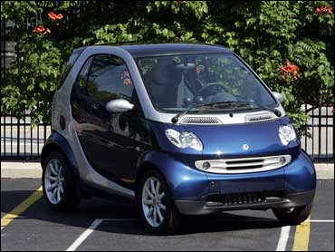 two seat smart cars to be sold in u s cbs news. Black Bedroom Furniture Sets. Home Design Ideas