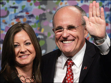 Giuliani Defends Girlfriend S Expenses Cbs News