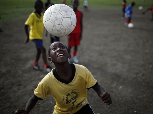 Soccer Heading Not Collisions >> Youth Soccer Injuries Soaring Including Concussions Here S Why