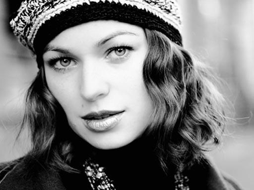 8 Anti-Aging Secrets French Women Won't Tell You - 8 ...