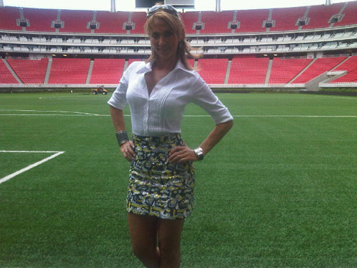 b0bef2225923 MLB to reporters  No short skirts or flip-flops - CBS News