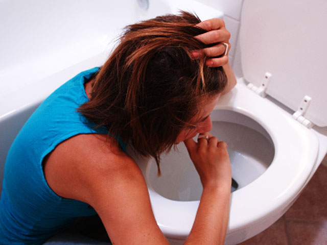Bulimia 12 Secret Signs Someone Has It Pictures Cbs News