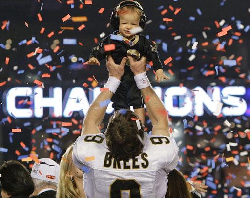 Top 10 Sports Stories of 2010 - CBS News