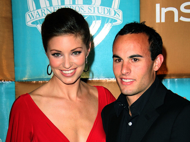 Landon donovan files divorce asks spousal support