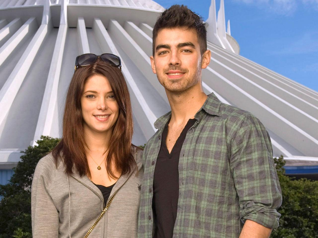 Ashley Greene And Joe Jonas Split Cbs News
