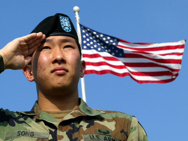 Army Soldiers Toss Black Berets For Brimmed Caps Cbs News