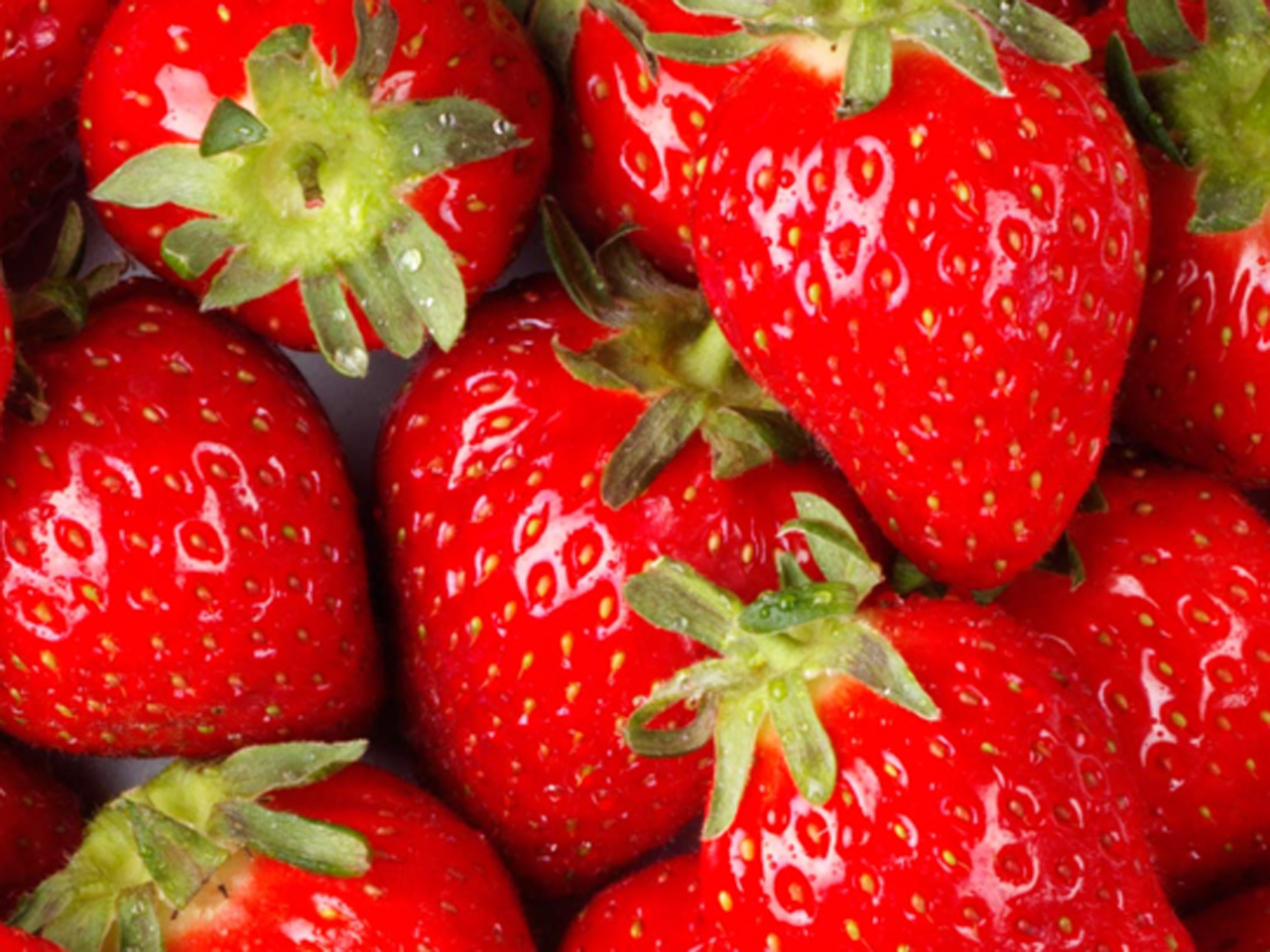 """Strawberries top 2018's """"Dirty Dozen"""" list of fruits and vegetables"""