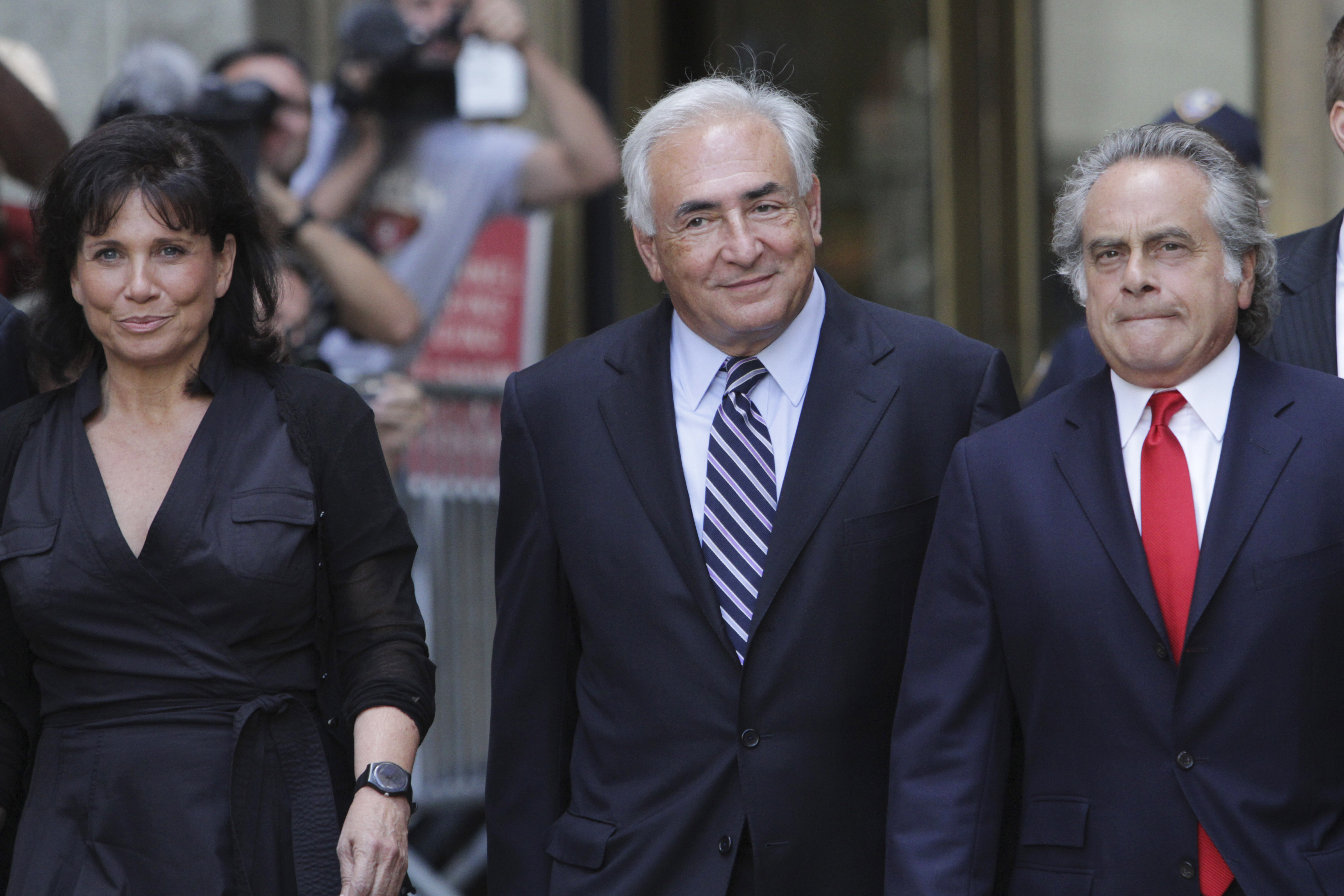 Sex charges dropped against Strauss-Kahn - CBS News