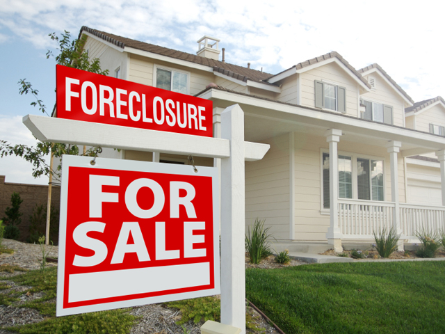 10 banks agree to pay $8 5B for foreclosure abuse - CBS News