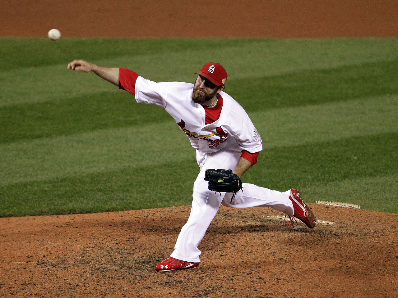 65a64f6dabf Cardinals win 3-2 in World Series game 1 - CBS News
