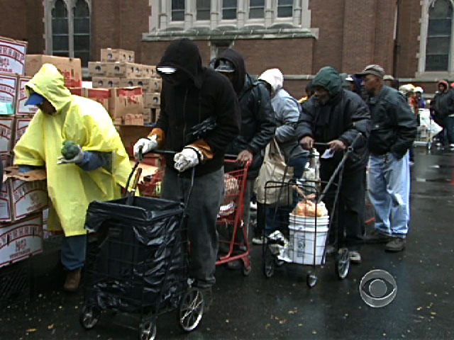 for chicago 39 s poor a long wait in line for food cbs news