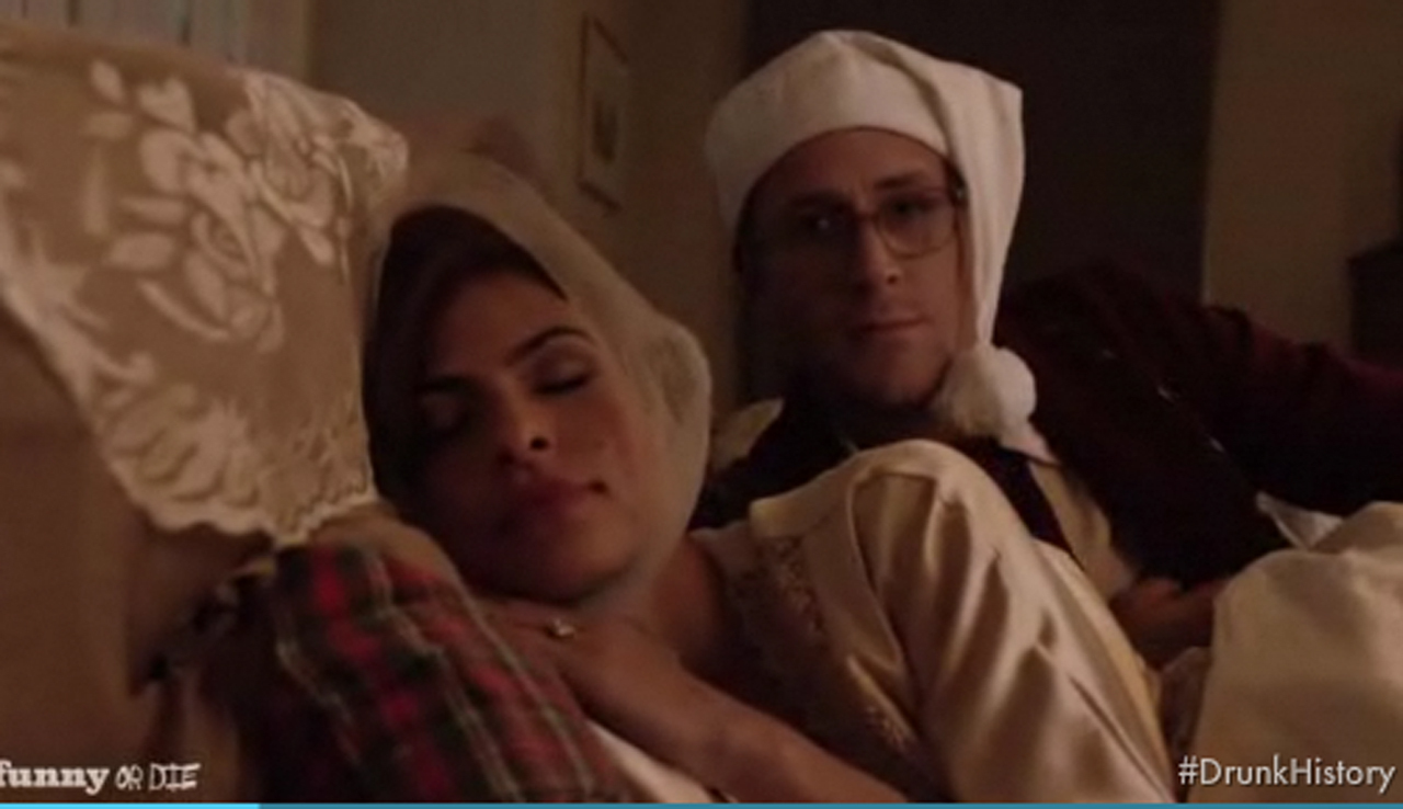 Drunk History Christmas 2011.Ryan Gosling Eva Mendes Have A Drunk Christmas Cbs News