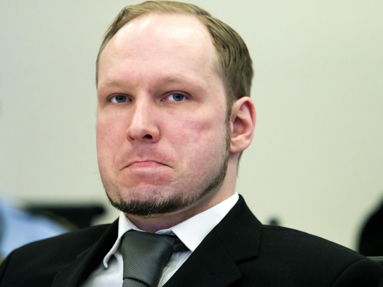 Breivik News: Shoe-thrower Disrupts Trial Of Norway Mass Killer Anders