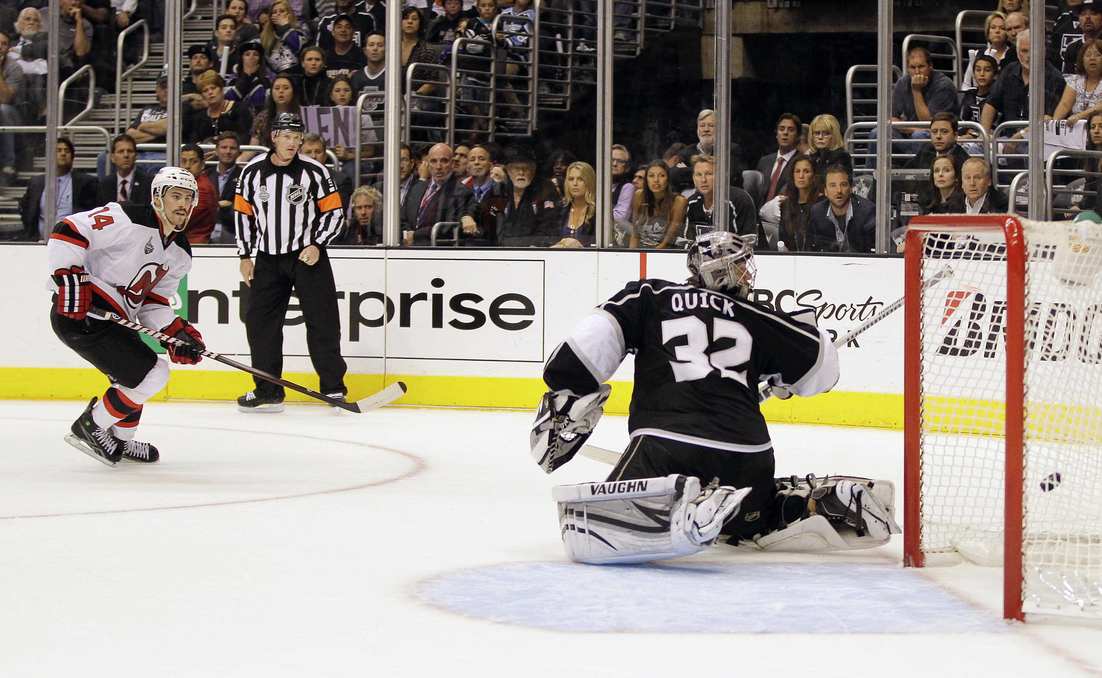 9a0cb755 Stanley Cup finals: Devils avoid elimination, beat Kings on late goals