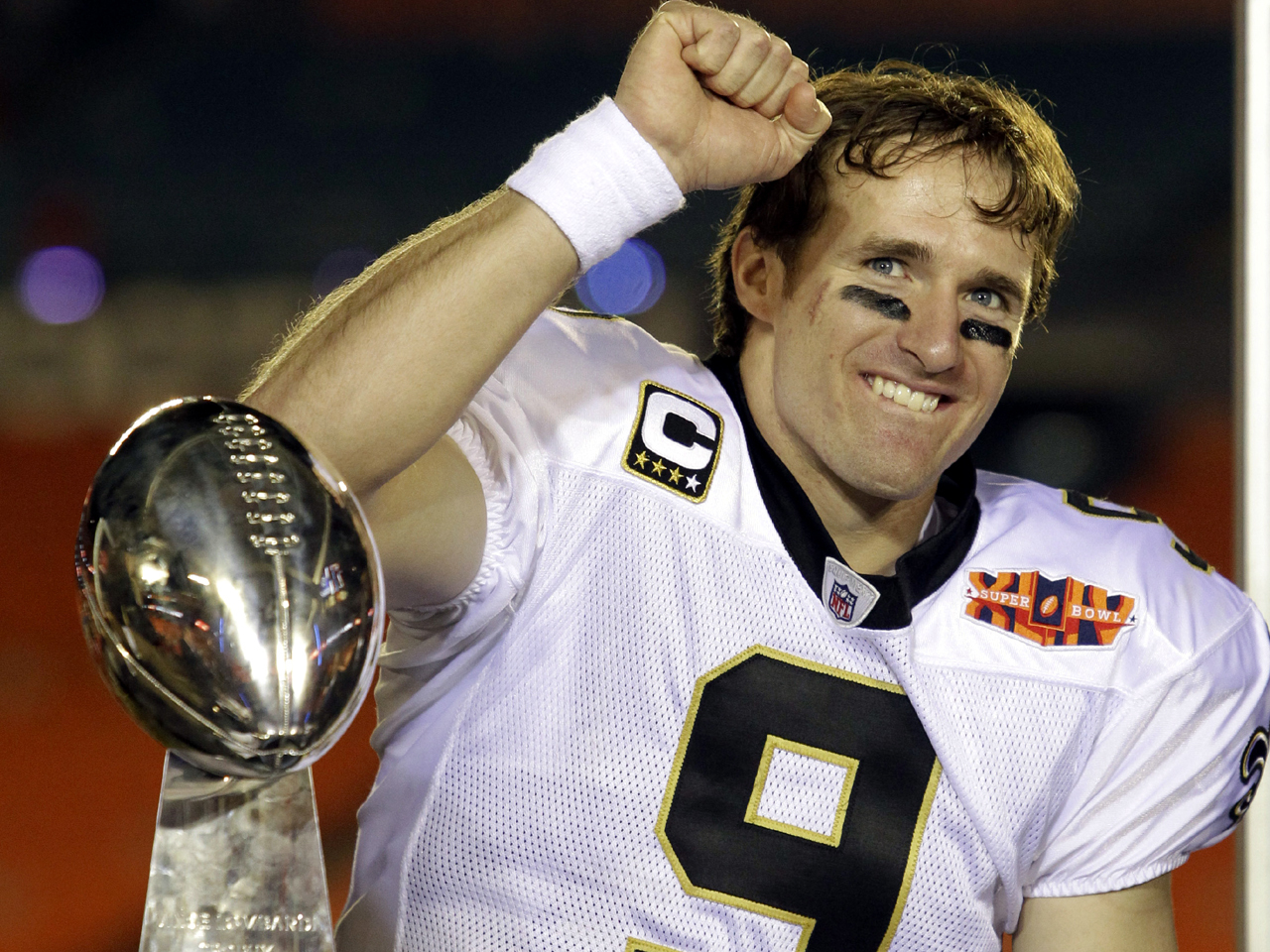 Drew Brees Wins Franchise Tag Grievance Cbs News