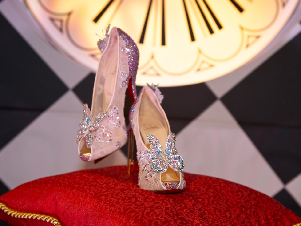 7bb75382c86 Christian Louboutin unveils Cinderella-inspired slipper - CBS News