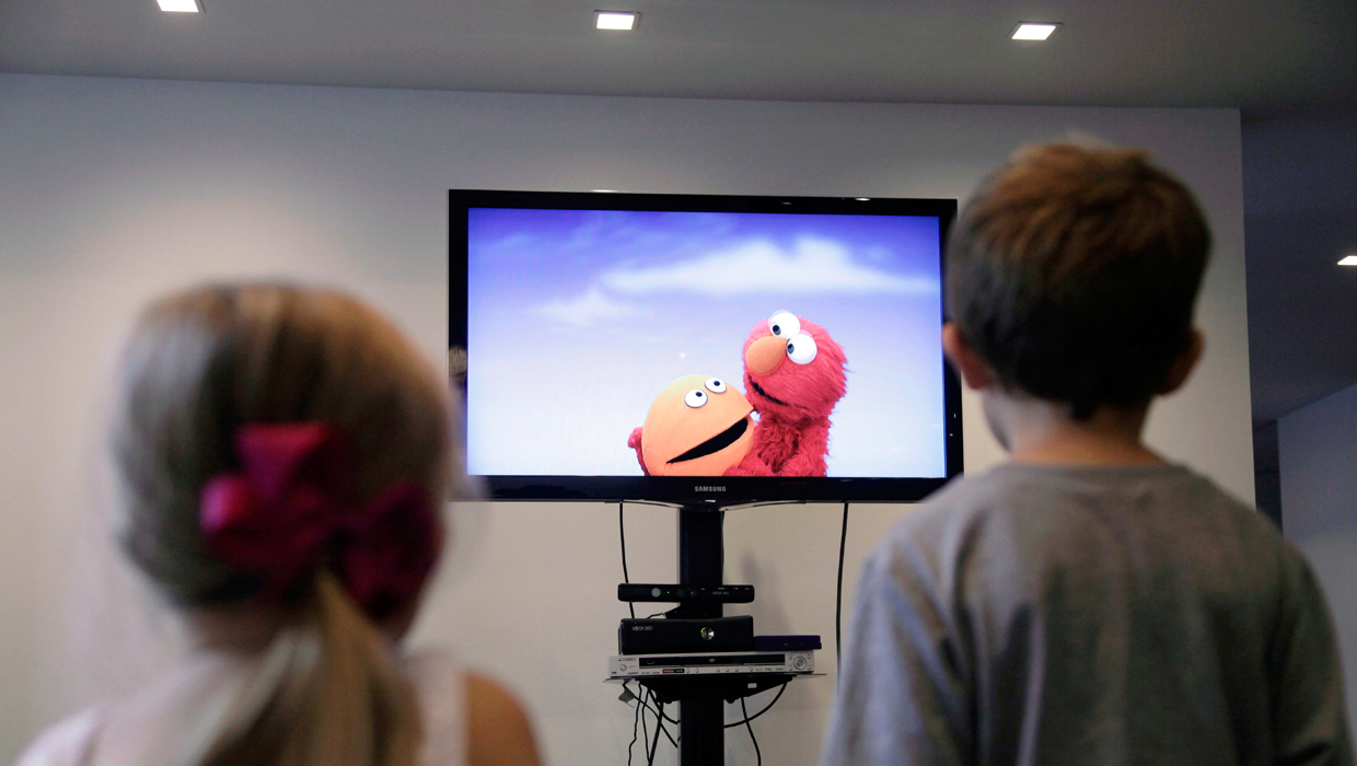 Swapping violent shows for educational TV may boost children's ...