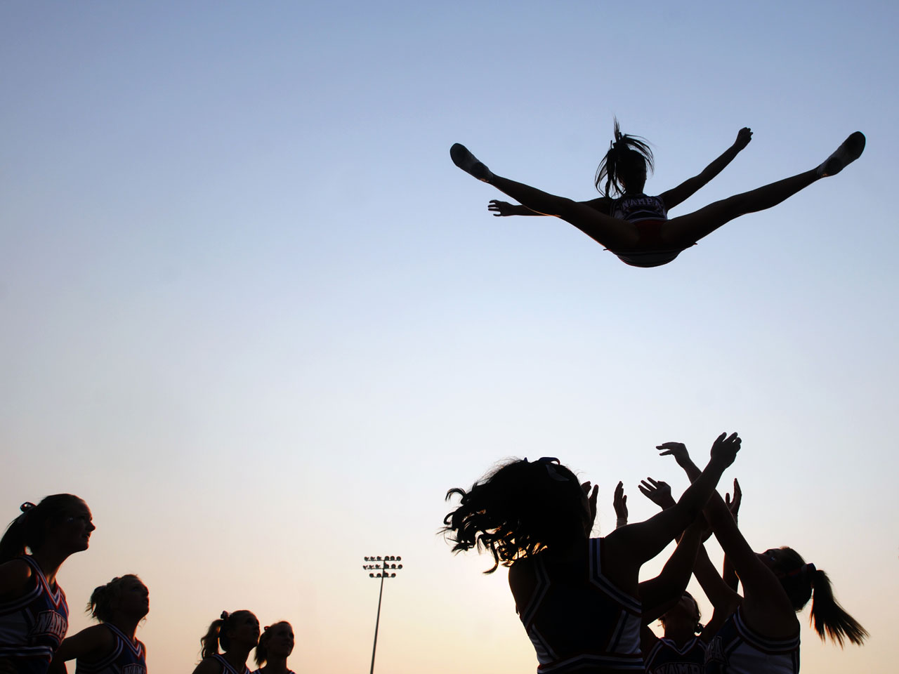 persuasive essay cheerleading is a sport Narrative, argumentative & persuasive sports topics inc paragraph, examples, title & introduction sample: my favorite sports, water sports, injury, teens, drugs in sports, research & more for high school & college.