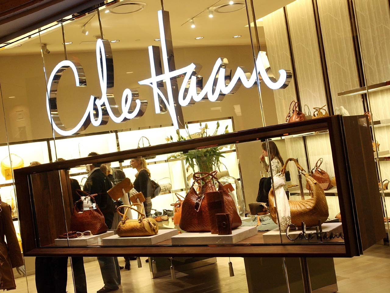 Nike to sell Cole Haan brand for $570M