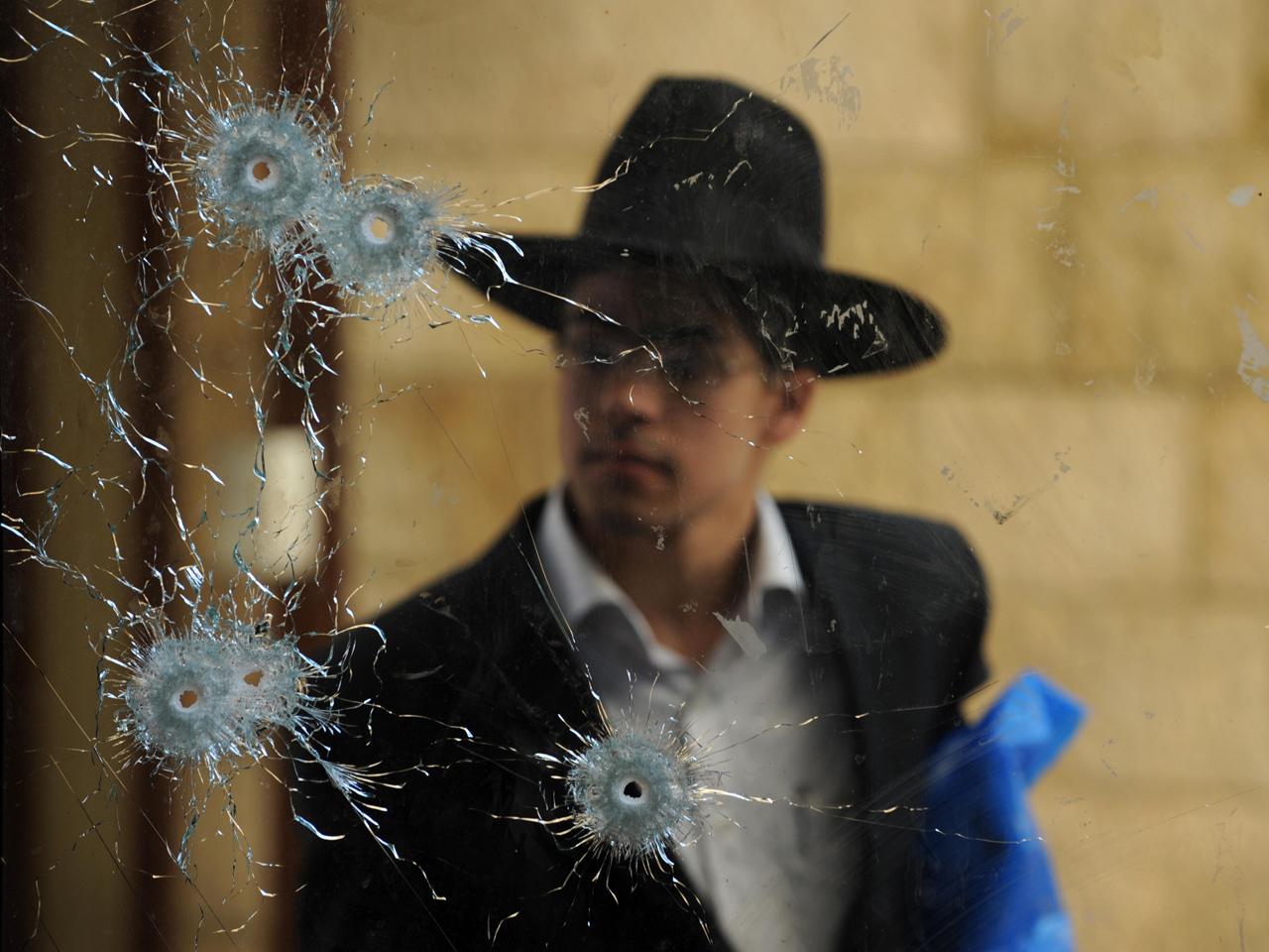 Israel rejects NRA's guns-in-schools claim - CBS News