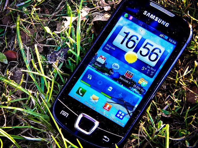 Phone Makers Seek Alternative To Android Cbs News