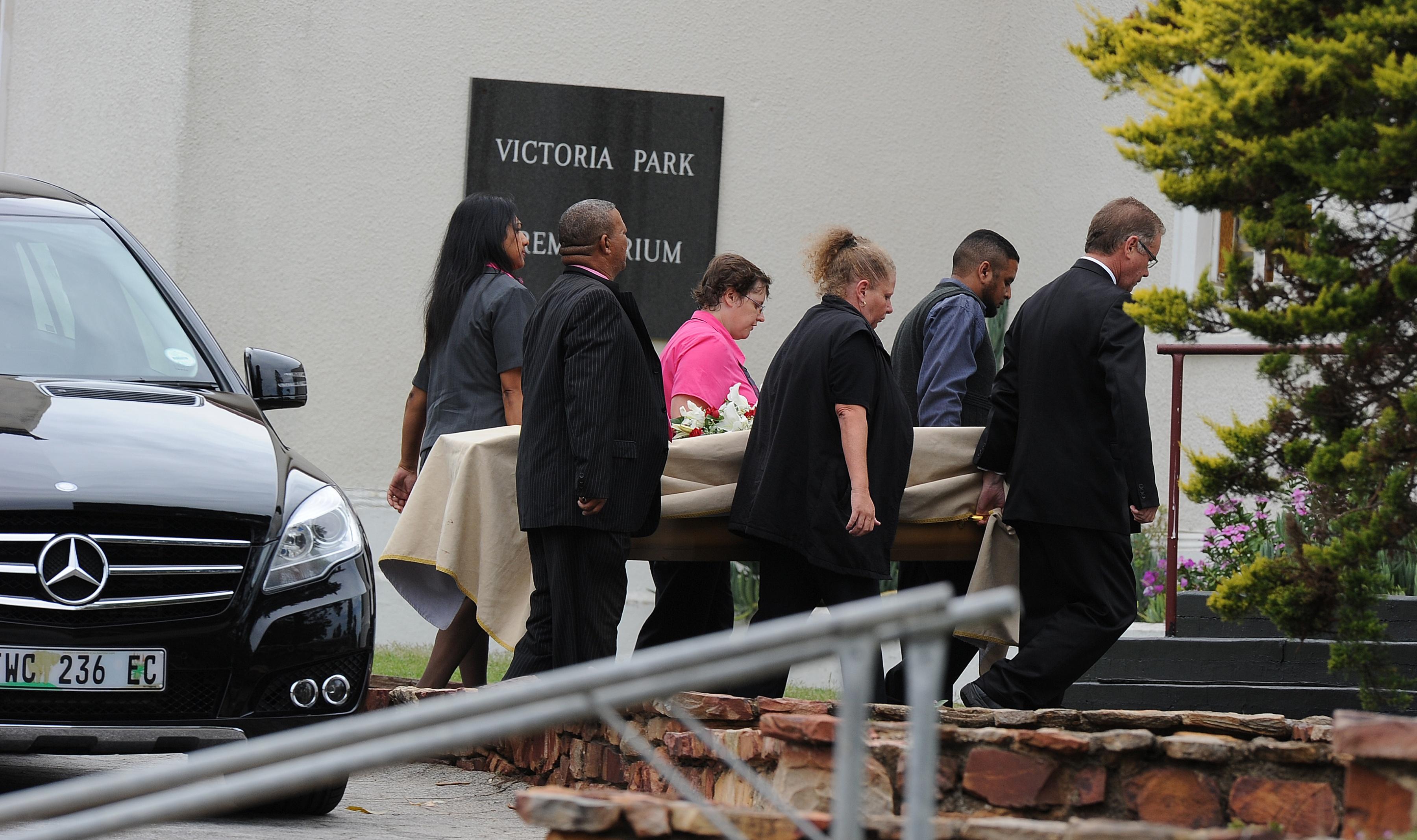 reeva steenkamps funeral photo 1 pictures cbs news