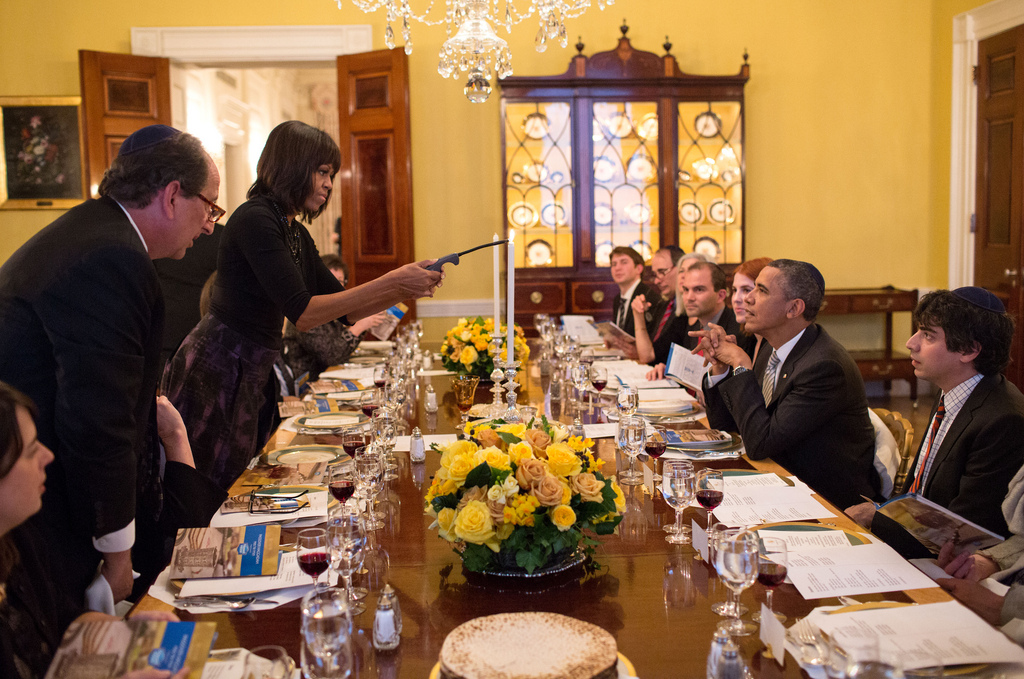 Obama Holds Passover Seder At The White House Cbs News