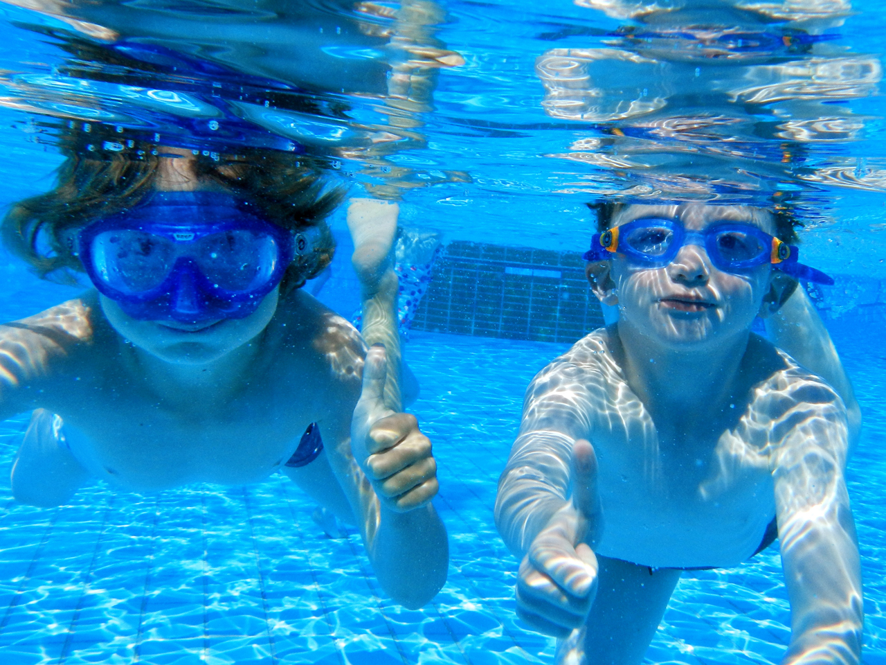 Cdc Finds Public Swimming Pools Rife With Fecal Contamination Cbs News