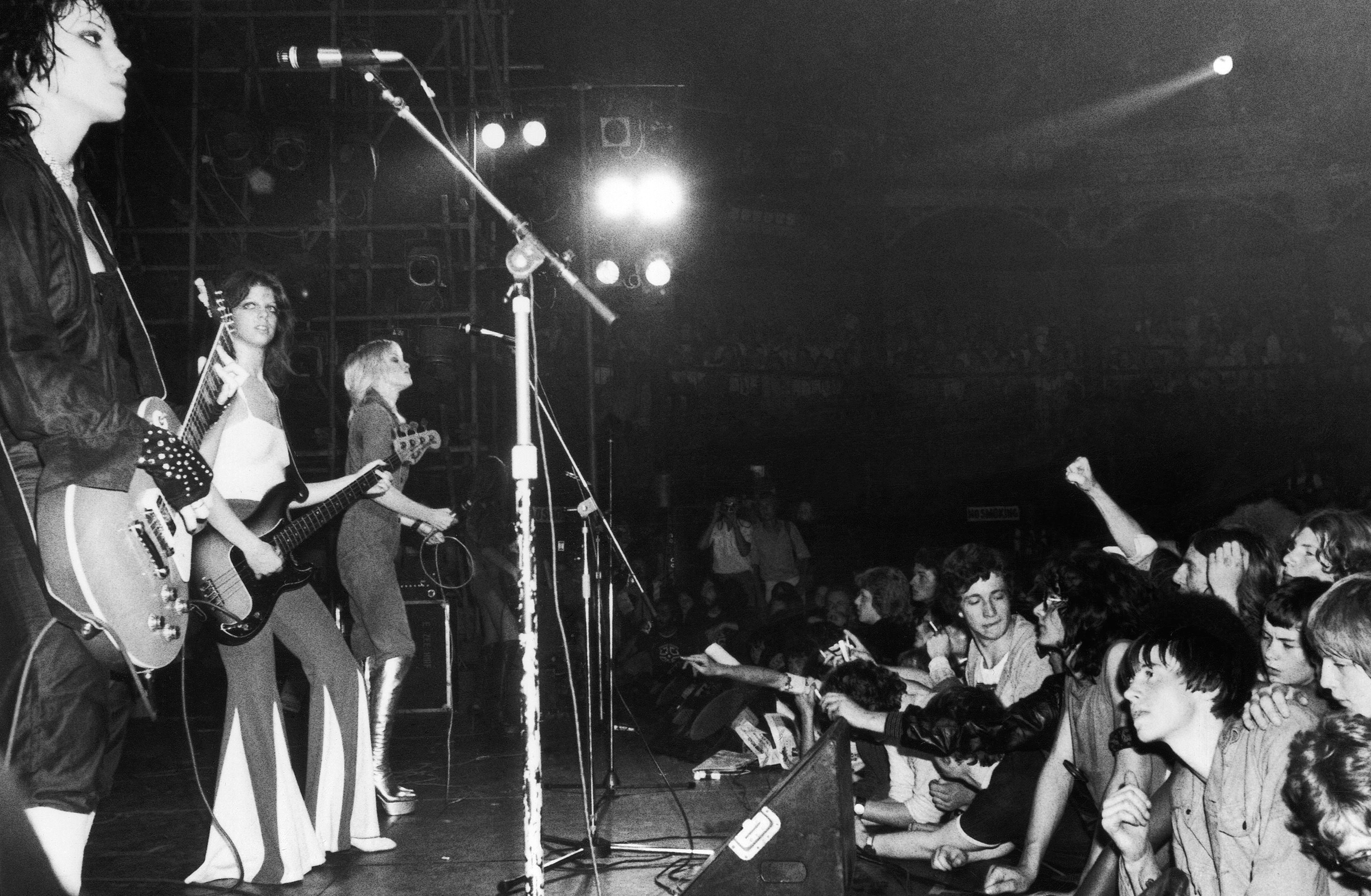 The Runaways  Rock And Roll Provocateurs
