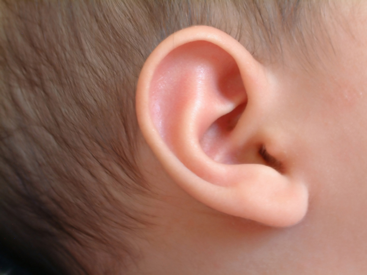 new guidelines suggest ear tubes aren 39 t necessary in all cases cbs news. Black Bedroom Furniture Sets. Home Design Ideas