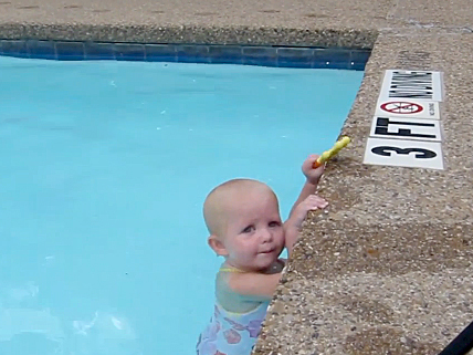 Baby Shows Off Impressive Early Swimming Skills Cbs News