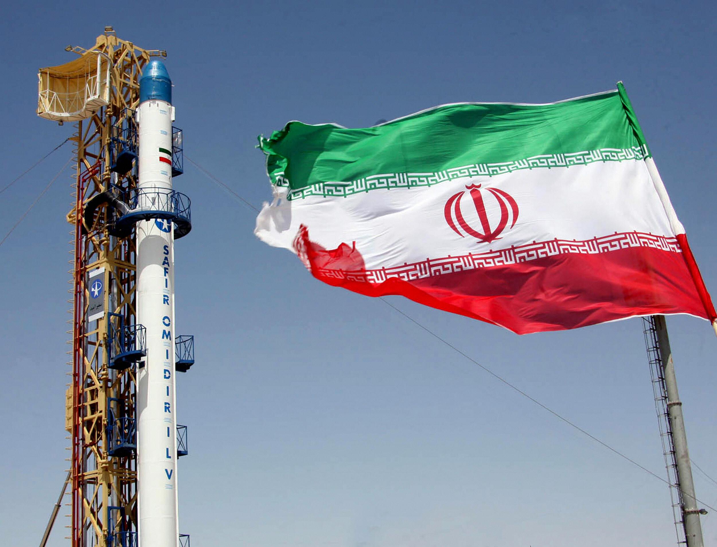 NOVA MUKA ZA AMERE I TRAMPA – I Iran testirao balističku raketu, Izrael u panici!