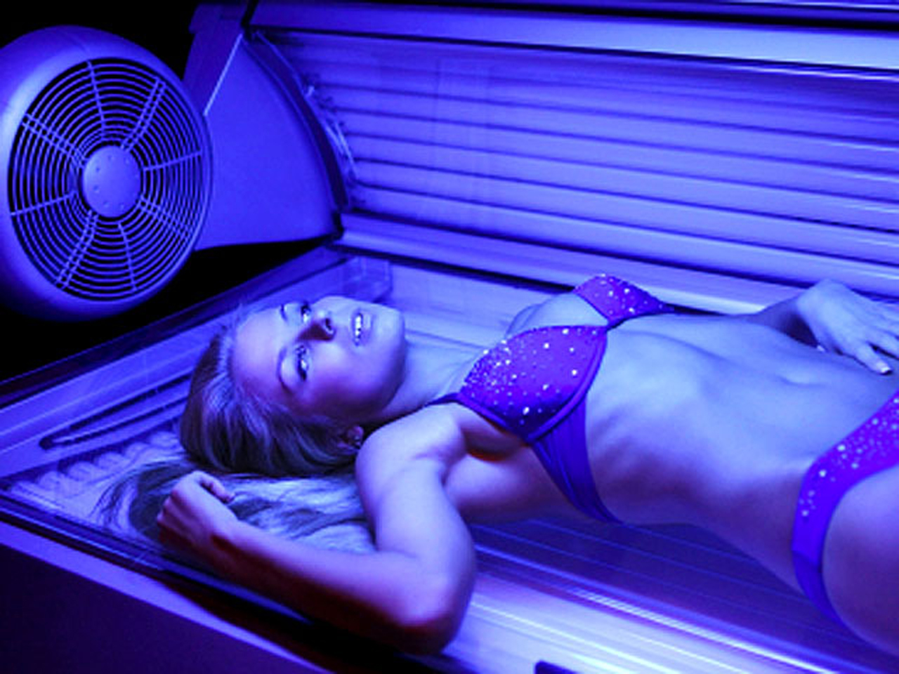 Happens. girls in tanning beds pity, that