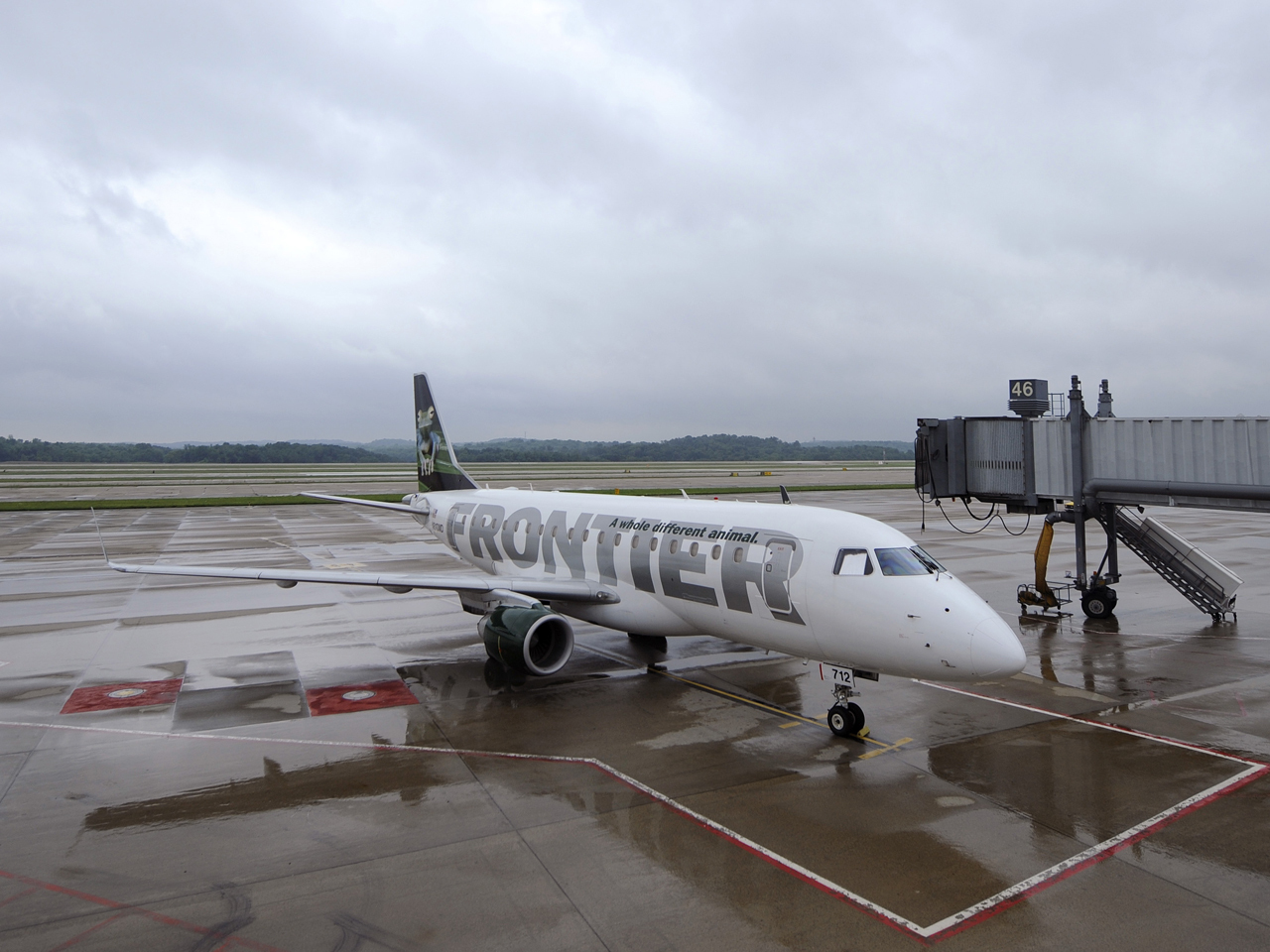 Indigo Going Ahead With Frontier Airlines Purchase Cbs News